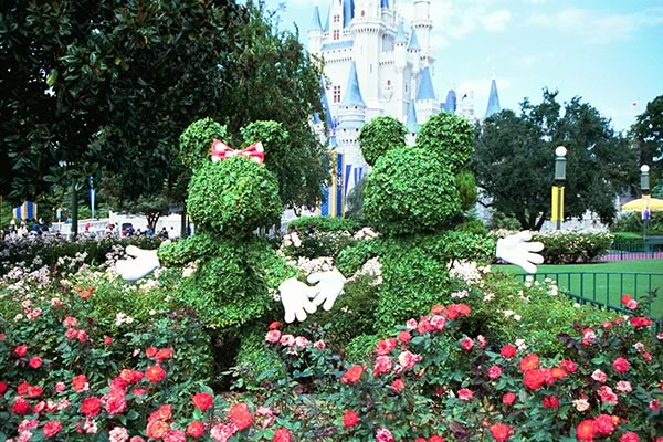 Minnie and Mickey in front of Cinderella Castle